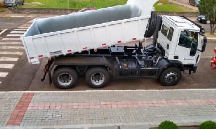 Caminhão é entregue à Administração de Xavantina