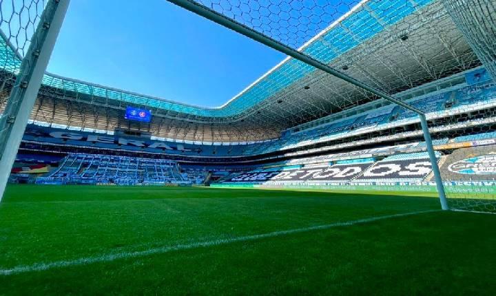 Em estreia de novo treinador, Chapecoense enfrenta o Grêmio