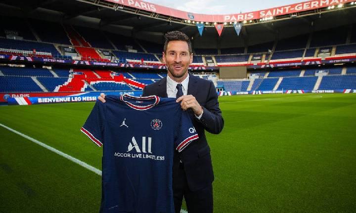 PSG anuncia oficialmente a contratação de Lionel Messi