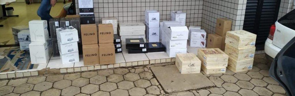 Mais de R$190 mil em vinhos contrabandeados são apreendidos no Oeste de SC